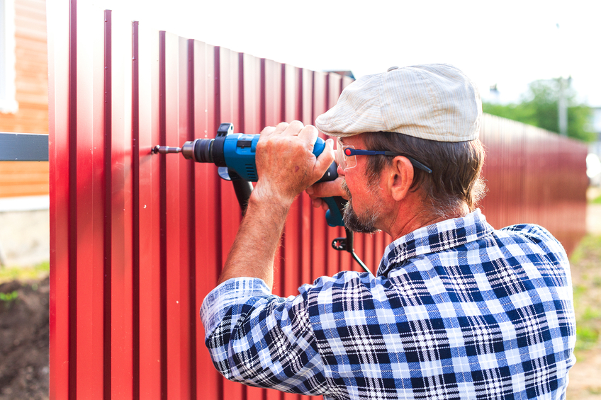 4 REASONS TO HAVE YOUR FENCE PROFESSIONALLY INSTALLED