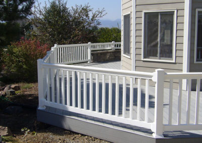 vinyl porch fencing