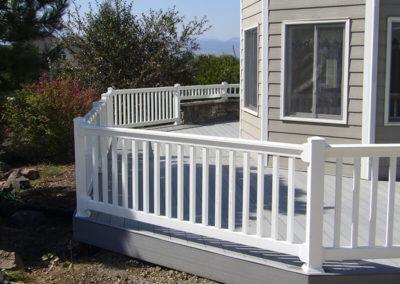 vinyl porch fencing