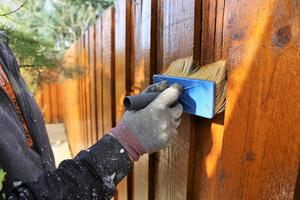 refinishing wood fences tips