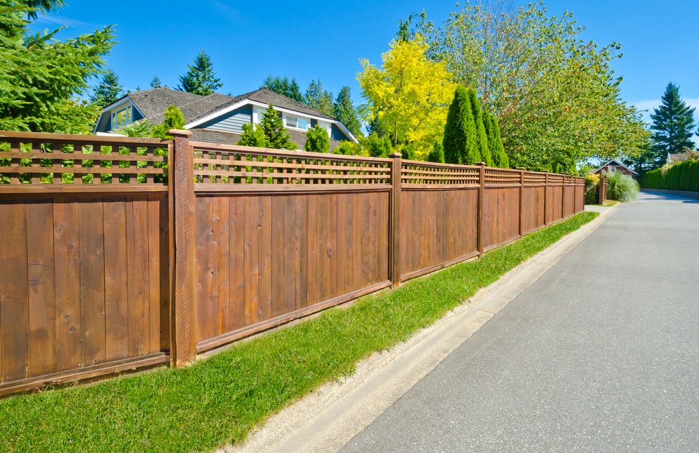 How to Build a Wood Fence: The Easy Method